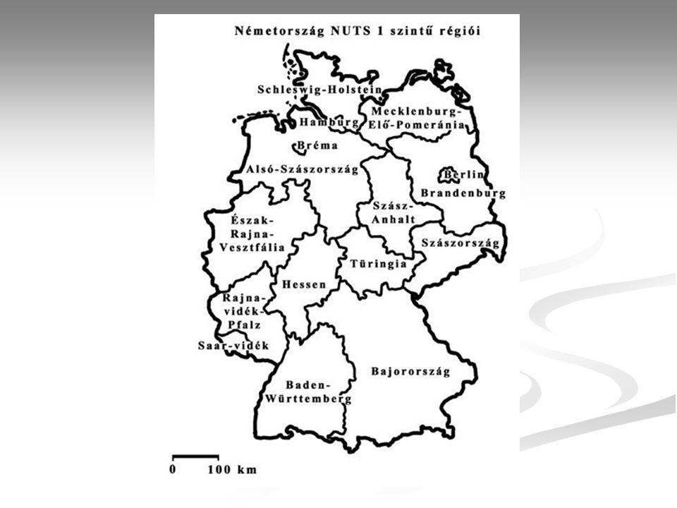 Németország Terület (km 2 ) 357 021 Népesség (ezer fő), 2004 82 177 Főváros Berlin (3 425 759 fő, 1998) Államforma szövetségi köztársaság Hivatalos nyelv német Pénznem Euro (2002) 1 német márka=100 pfennig Fő vallások evangélikus 34,1% római katolikus 33,4% GDP/fő (USD), 2004 27 600