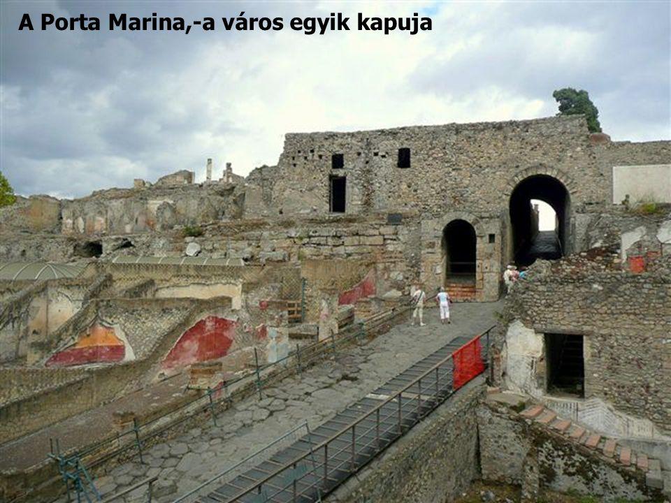 Egy Lararium-házi szentély