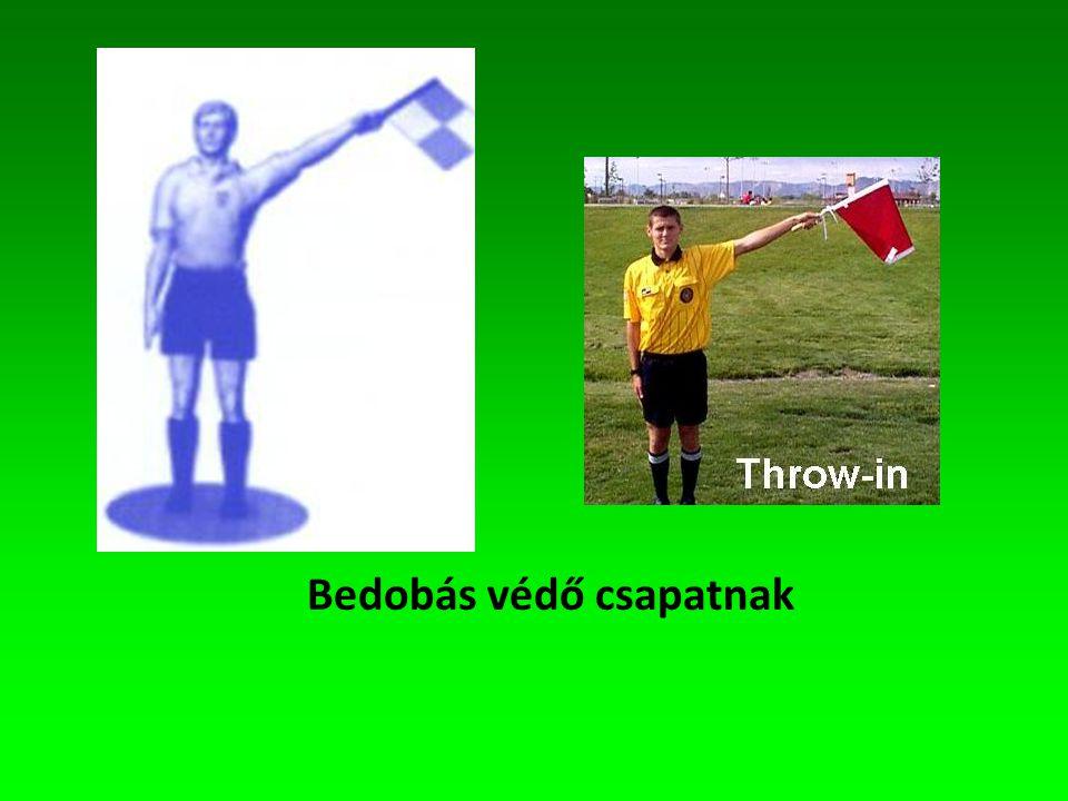 Zászló technika 1 mindig láthatónak és kibontottnak kell lenni a zászlónak, még futás közben is, jelzés közben nincs futás, arccal a játéktér felé kell jeleni, a zászló a kar meghosszabbítása kell, hogy legyen, nagyon fontos a látáskapcsolat a döntés előtt