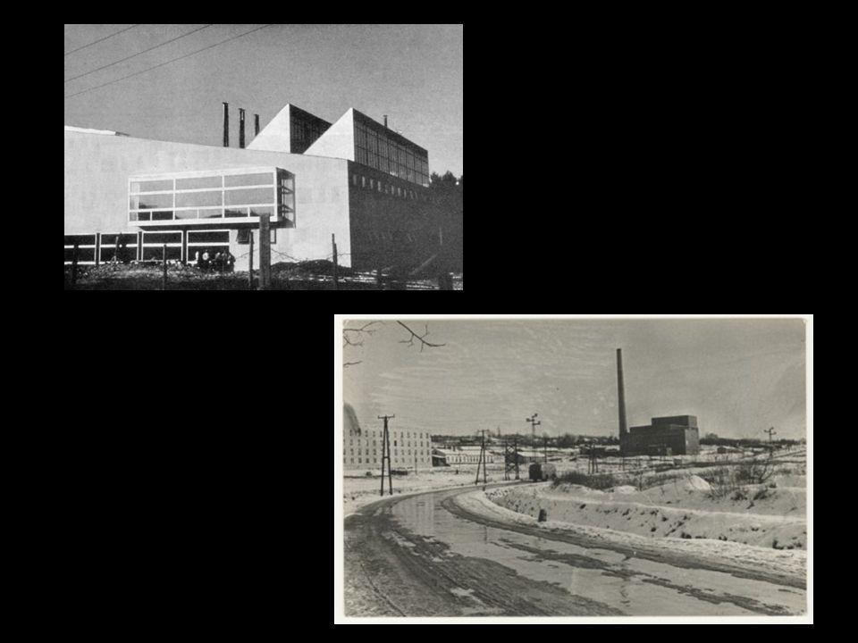 Az épületek alapozásán dolgozó HALLGATÓK (1950. május). Ezek voltak az ún. első kapavágások.