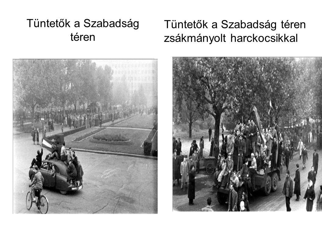 Tüntetők a Szabadság téren Tüntetők a Szabadság téren zsákmányolt harckocsikkal