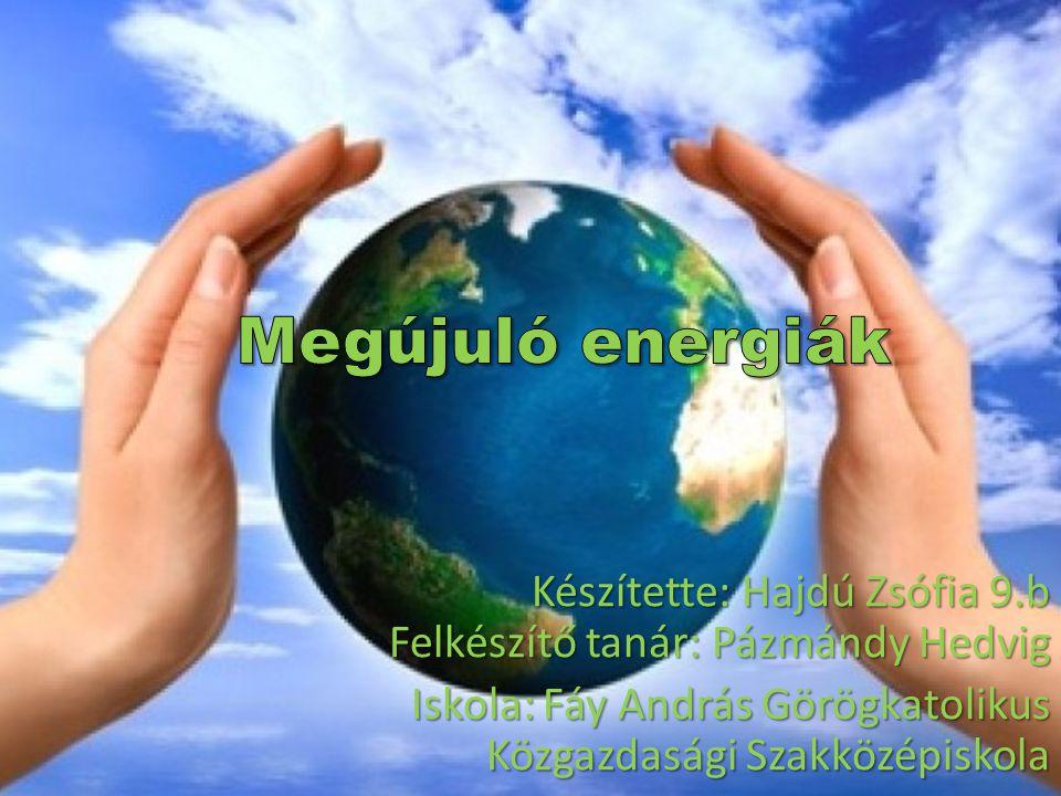 olyan közeg, természeti jelenség, melyekből energia nyerhető ki, akár naponta többször ismétlődően rendelkezésre áll vagy jelentősebb emberi beavatkozás nélkül legfeljebb néhány éven belül újratermelődik.