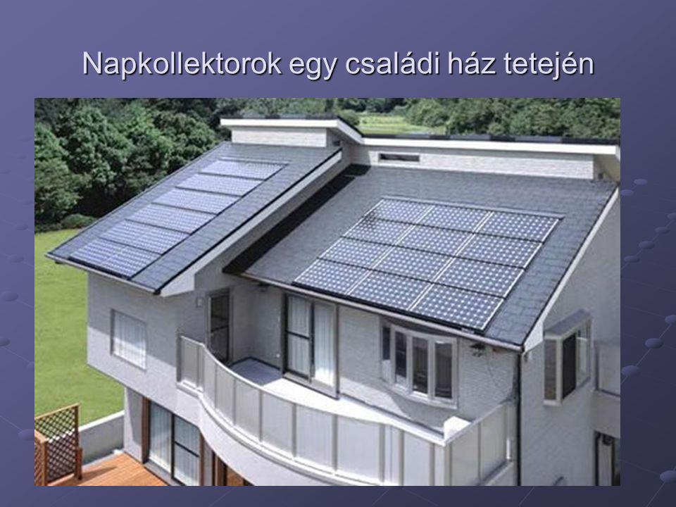 Napkollektorok egy családi ház tetején