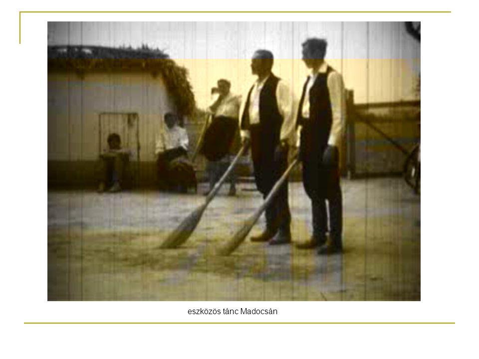 eszközös tánc Madocsán