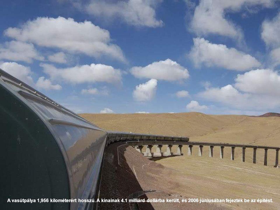 A vasútpálya 1,956 kilométerért hosszú. A kínainak 4.1 milliárd dollárba került, és 2006 júniusában fejezték be az építést.
