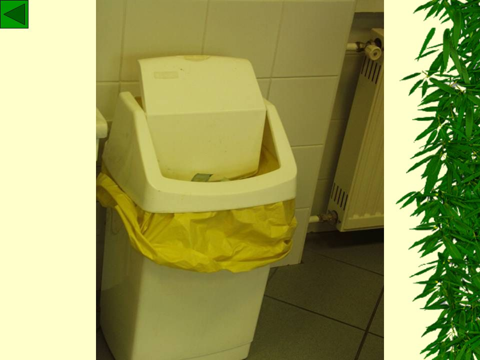 Betegellátási hulladék Színkódolt zsákokba (SÁRGA) kell űríteni és elszállításig abban tárolniSzínkódolt zsákokba (SÁRGA) kell űríteni és elszállítási