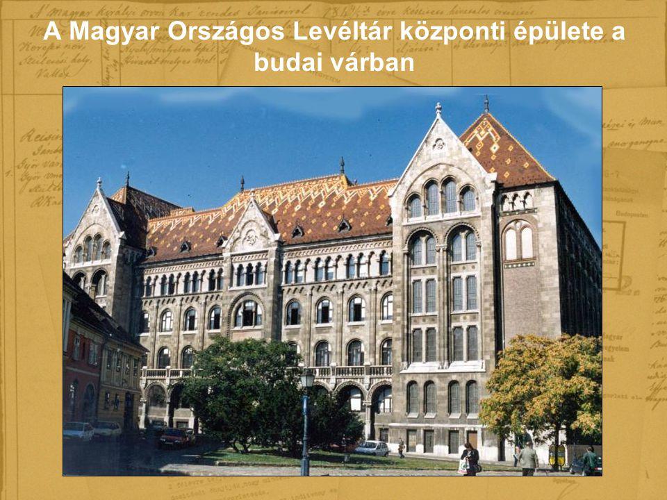 A Magyar Országos Levéltár központi épülete a budai várban