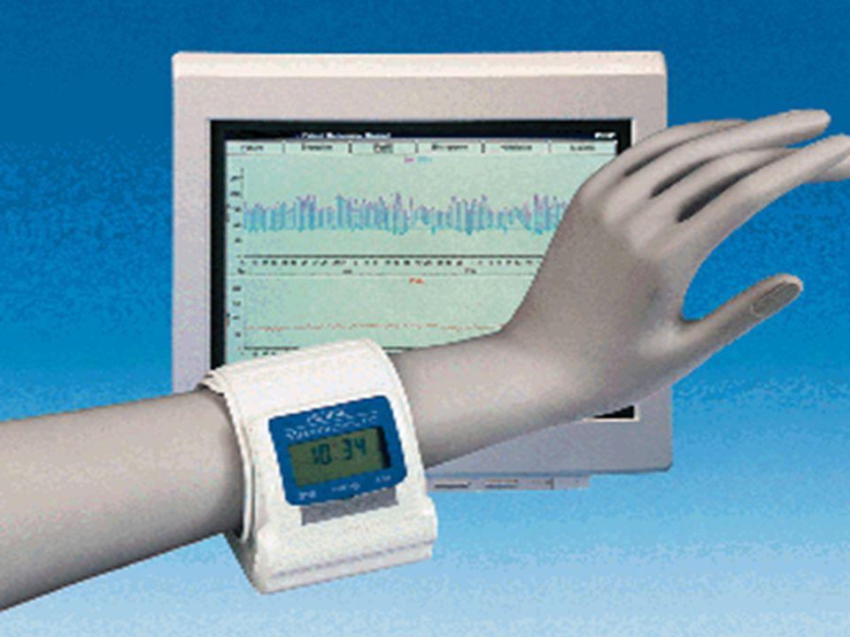 Memotronic PC · Új nappali RR monitorozásra alkalmas eszköz · 169 mérés rögzítésére képes memóriája van. · Oszcillometriás mérési elv alapján működik
