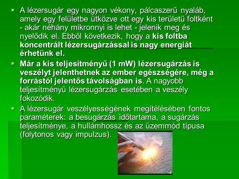Káprázás, ragyogás   Egy fényes jelenség ragyog,különösen sötétben   Lehet a káprázás diszkomfort jellegű, de okozhat cselekvőképtelenséget is   Sosem alakul ki szöveti elváltozás   Néha az okozza, hogy a fény megtörik egy törőközegen,pl ablakon, piszkos szemüvegen, vagy a szemlencse homályain