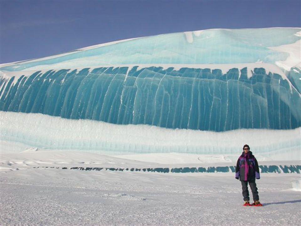 Elképesztő?.Antarktiszi fagyott hullám képek – A természet elképesztő.