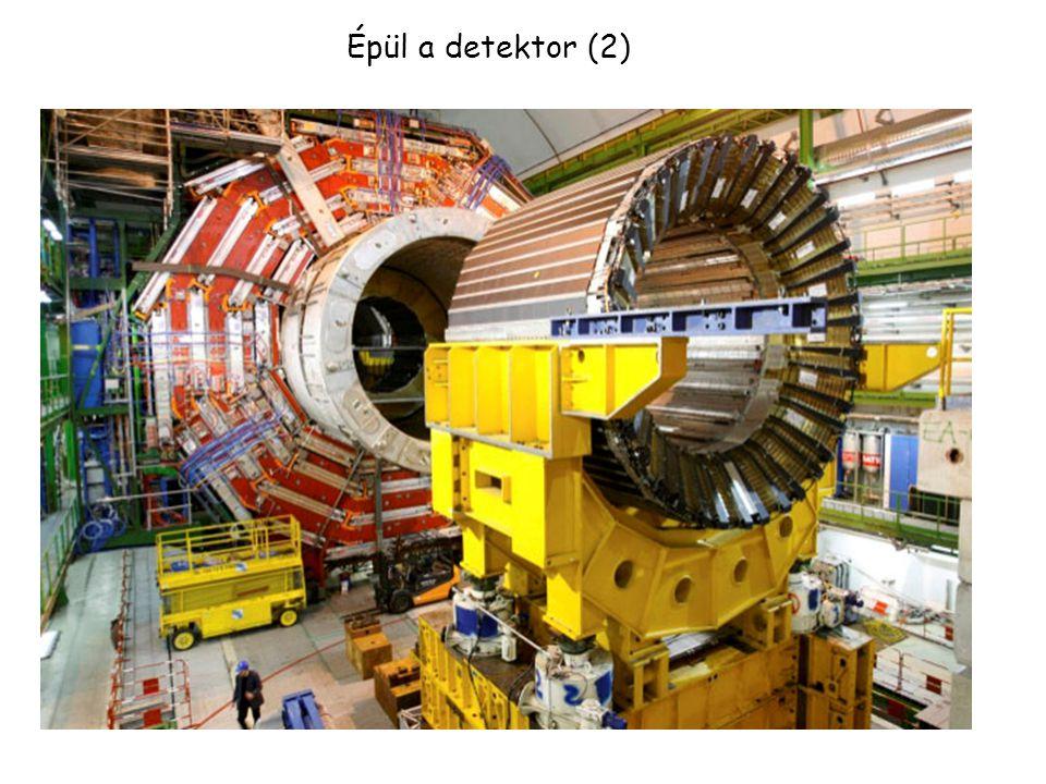 Épül a detektor (1)