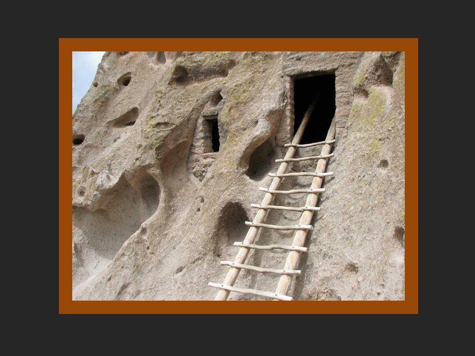 A lélekalagutak A Chaco Canyon minden kommunájának volt egy kivája (Pueblo Bonitónak 37.) A kiva kör alakú, gerendatetõs, süllyesztett kamra, a közepé
