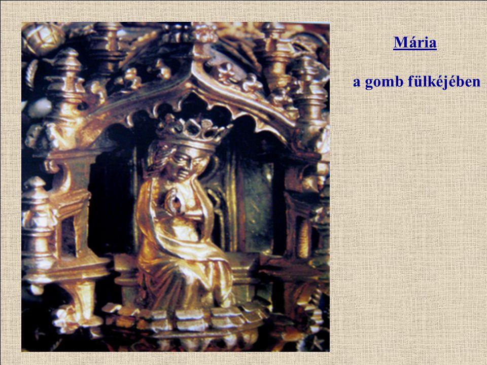 Mária a gomb fülkéjében