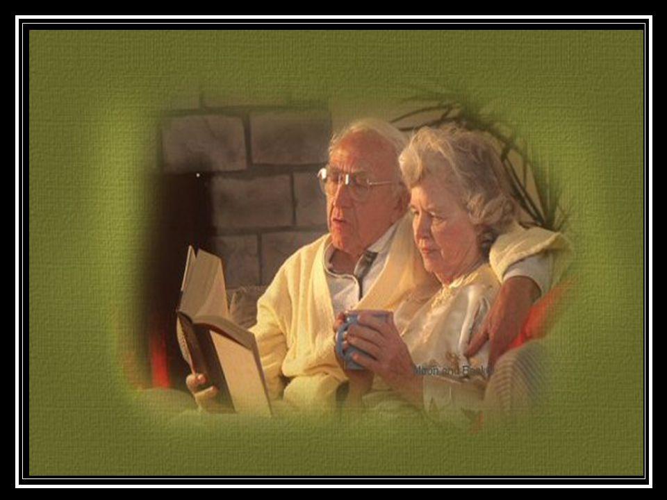 """""""Kezem feléd nyújtom, szívem neked adom, Melyet soha vissza nem kérek, Szeress egy életen át úgy, mint ahogy én téged, Akkor is, ha megöregszünk, és Akkor is, ha már nem élek."""