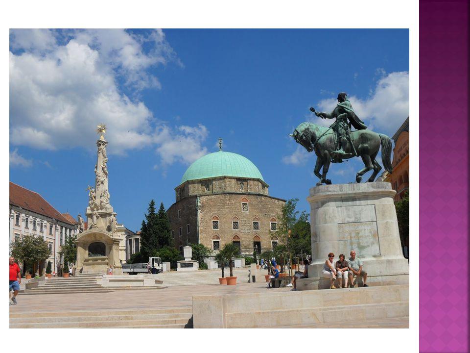 Pécs város római kori elődje, Sopianae késő római ókeresztény temetője 2000-ben került fel az UNESCO világörökségi listájára.
