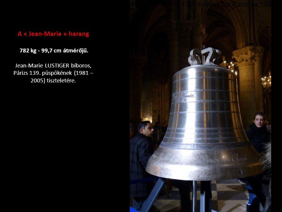 Az « Anne Geneviève » harang 3477 kg - 172,5 cm átmér ő j ű.