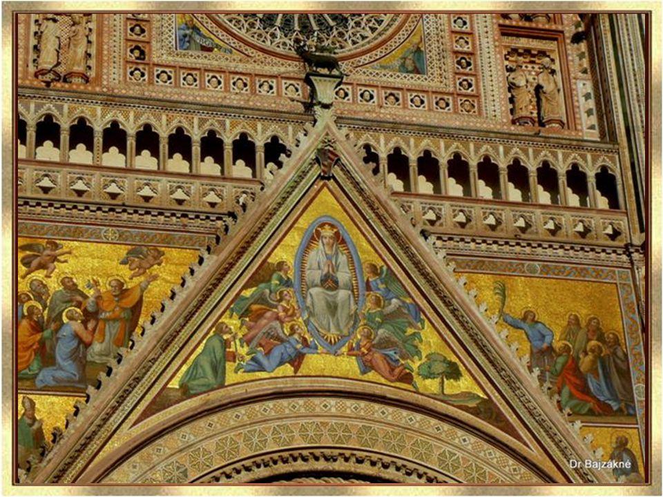 A Palazzo del Popolo román-gótikus stílusban épült a 13.
