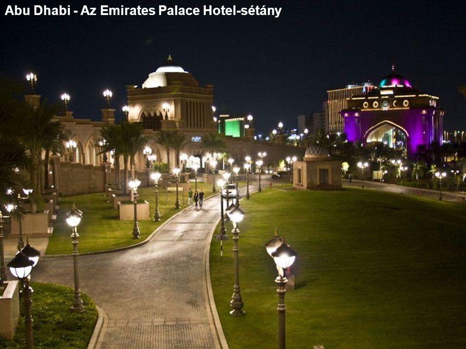 Abu Dhabi - Az Emirates Palace Hotel