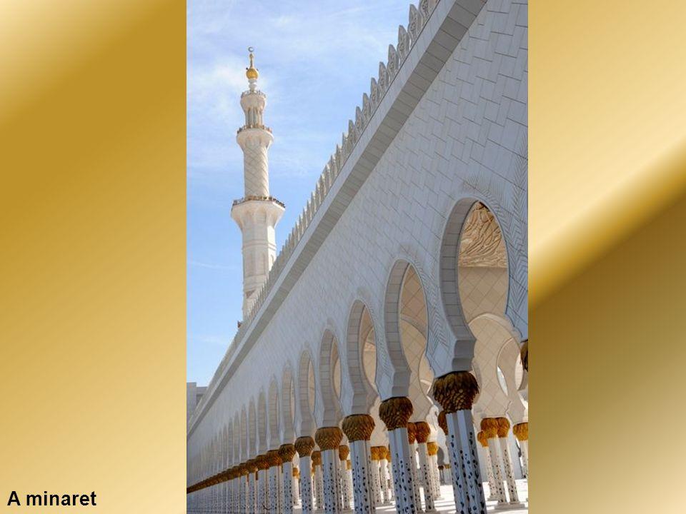 Abu Dhabi – A Nagy Mecset