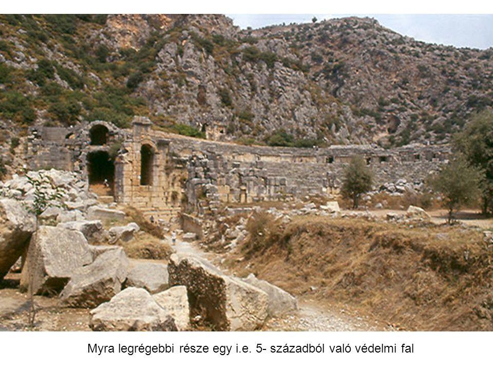 Myra legrégebbi része egy i.e. 5- századból való védelmi fal