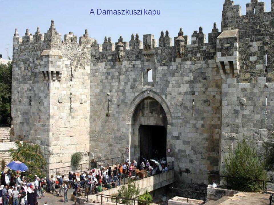 A Herodes-kapu a jeruzsálemi falon