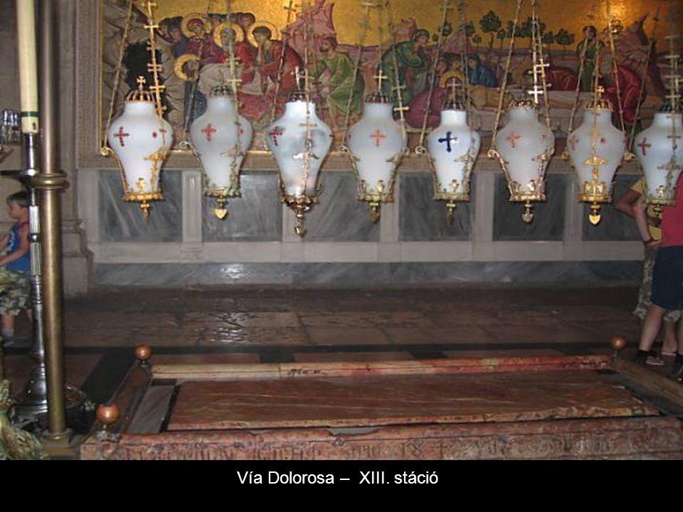 Vía Dolorosa-Szenvedések útja XI. stáció