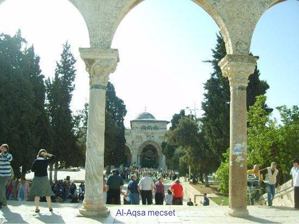 Al-Aqsa mecset főbejárata