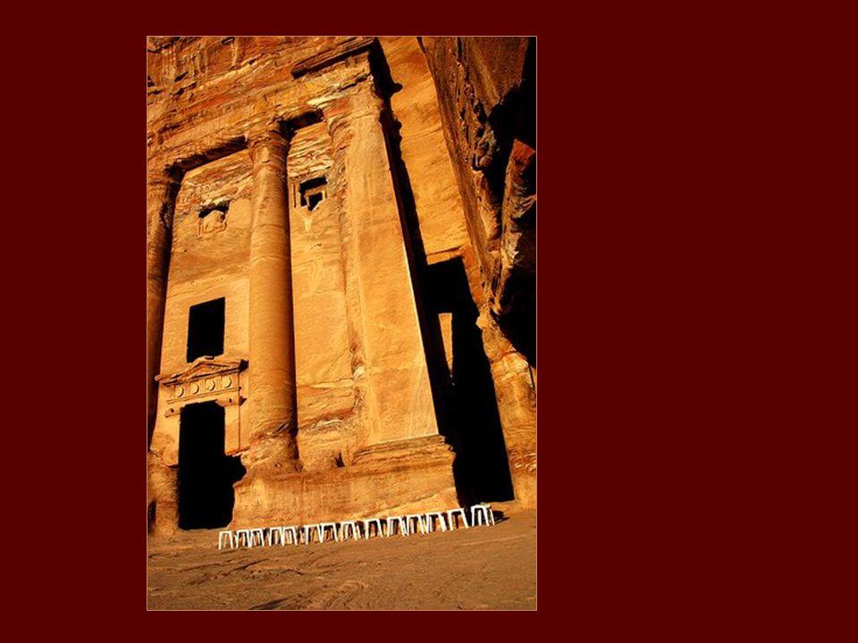 Több mint 600 évig azt hitték, hogy ez a város a jordániai sivatagban létezett.