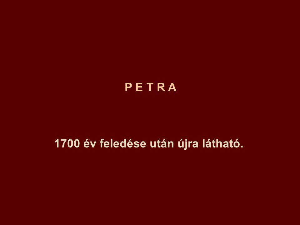 Naplemente az új Petra városában.