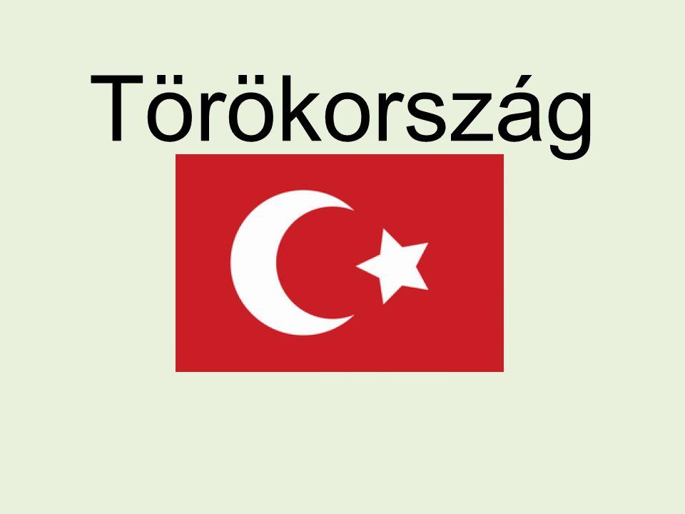 Elhelyezkedés Európa és Ázsia Anatóliai-félsziget 783.562 km Ankara Északi határ: Grúzia, Örményország Keleti határ: Irán Déli határ: Irak, Szíria Nyugati határ: Görögország, Bulgária 2