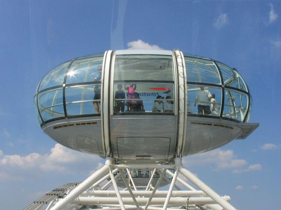 A keréken 32 tojás alakú, zárt, légkondicionált kabin van, a külső kerülethez csatlakoztatva. Egy kapszula 10 tonnás, és minden kabinban elfér 25 fő,