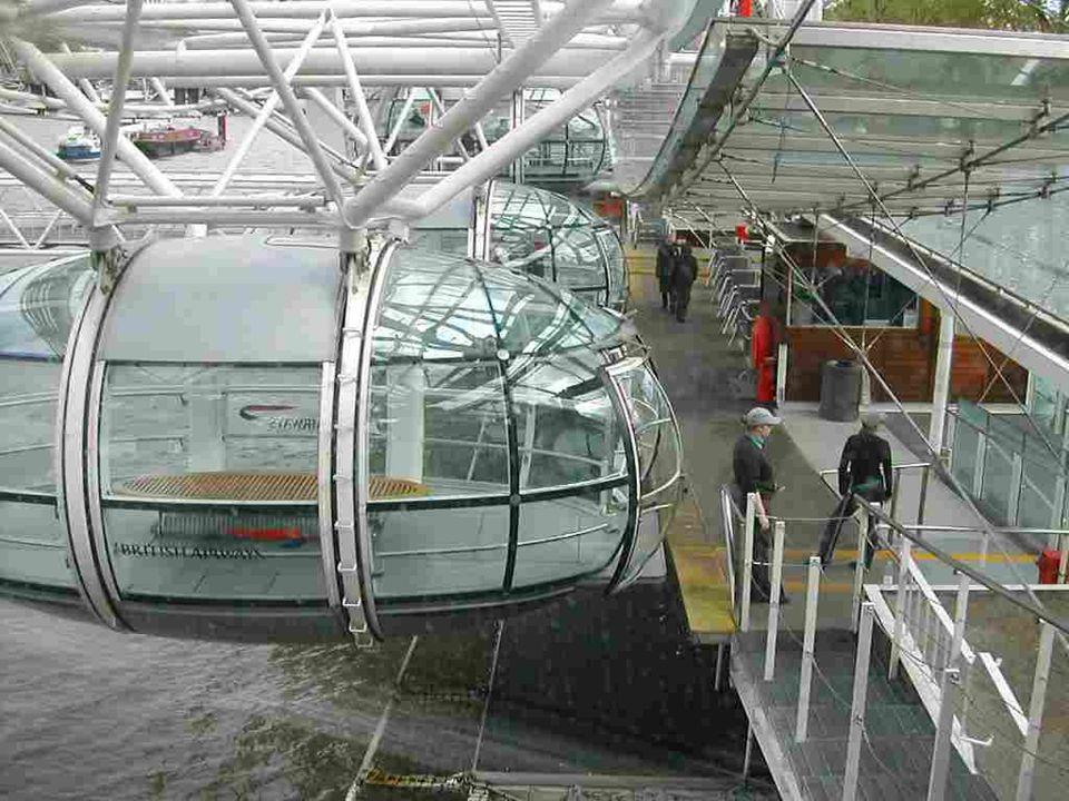 Bejelentették, hogy az olimpiai jelképet is csatolják az óriáskerék tetejére a nyári olimpia idejére(2012). A London Eye 2010 március 9-én ünnepelte f
