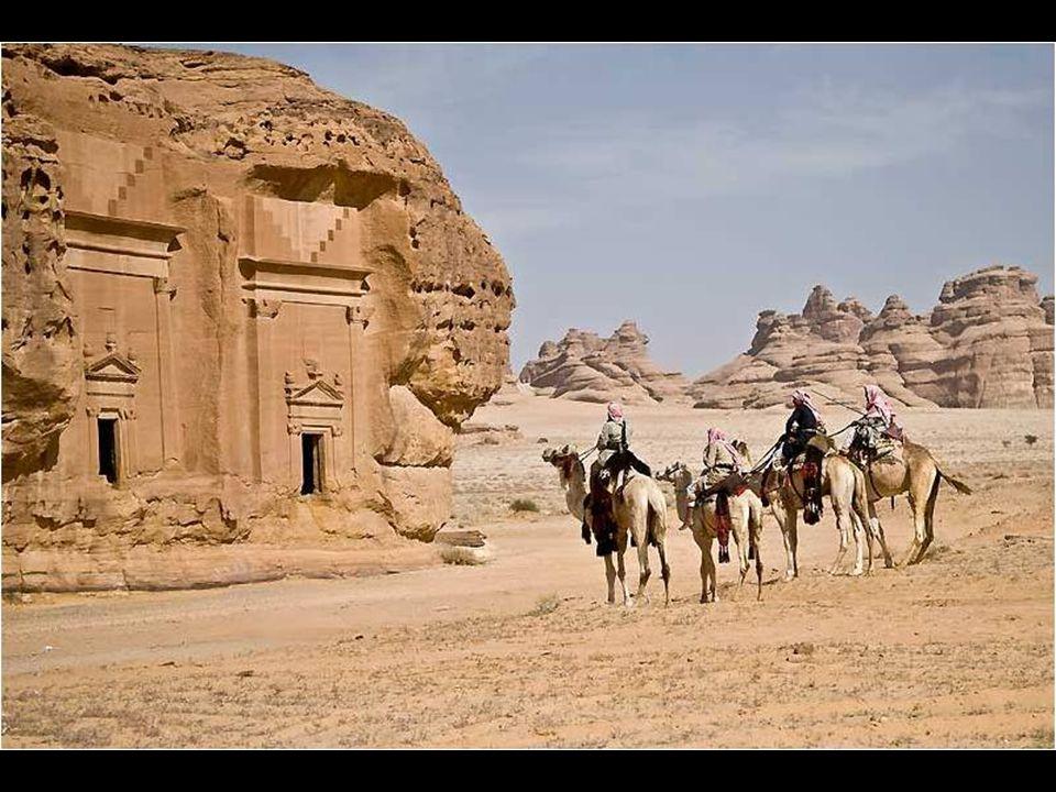 Érdekes, hogy szinte mindenki tudja, hogy létezik Petra, de keveset tudunk erről a helyről.