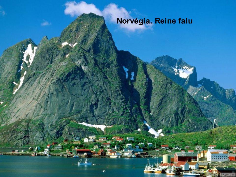 Flakstad (Lofoten szigetek). A Golf áramlatnak köszönhetően akár fürödni is lehet