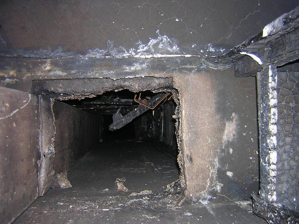8 A tűzszakasz határon a szellőzővezetékbe milyen tűzállósági határértékű tűzgátló csappantyú van/lesz beépítve? Az egy tűzszakaszon belüli szintek kö
