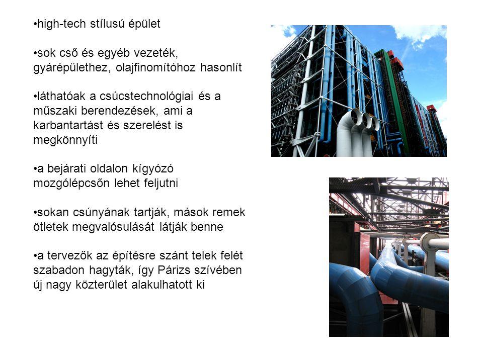 high-tech stílusú épület sok cső és egyéb vezeték, gyárépülethez, olajfinomítóhoz hasonlít láthatóak a csúcstechnológiai és a műszaki berendezések, ami a karbantartást és szerelést is megkönnyíti a bejárati oldalon kígyózó mozgólépcsőn lehet feljutni sokan csúnyának tartják, mások remek ötletek megvalósulását látják benne a tervezők az építésre szánt telek felét szabadon hagyták, így Párizs szívében új nagy közterület alakulhatott ki