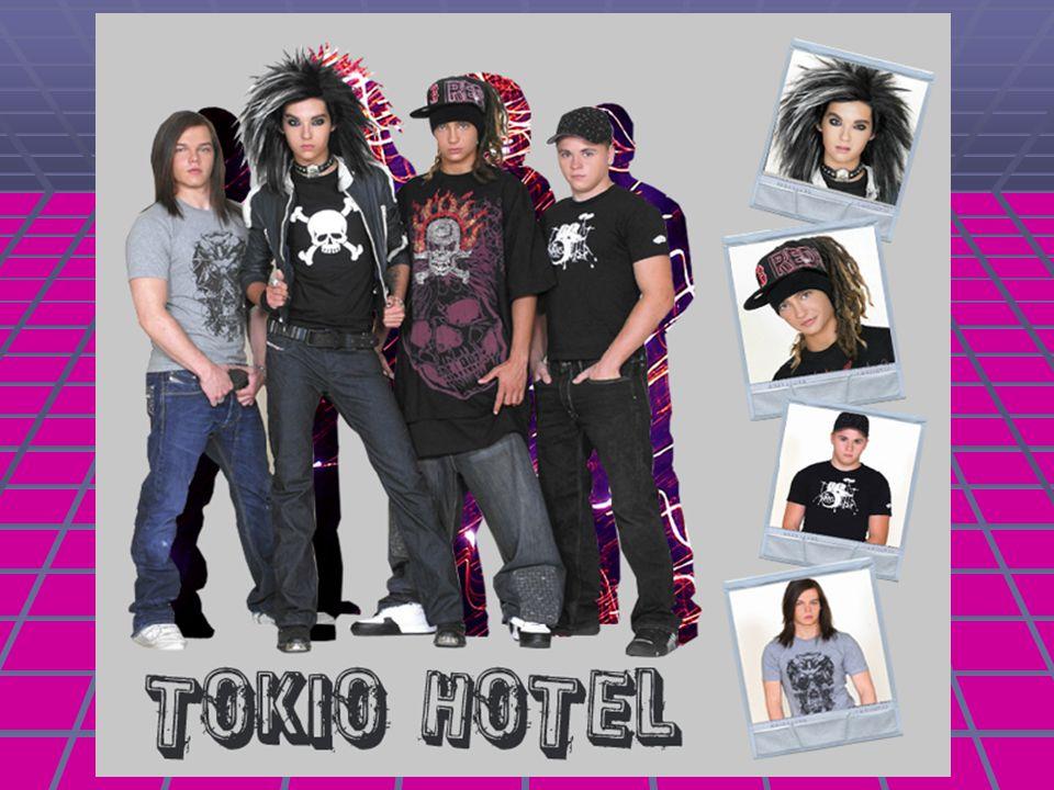 Az együttes énekese Az együttes énekese Először csak egy kisfiú volt, aki ikertestvérével az álmos kisvárosban Loitschében élt.