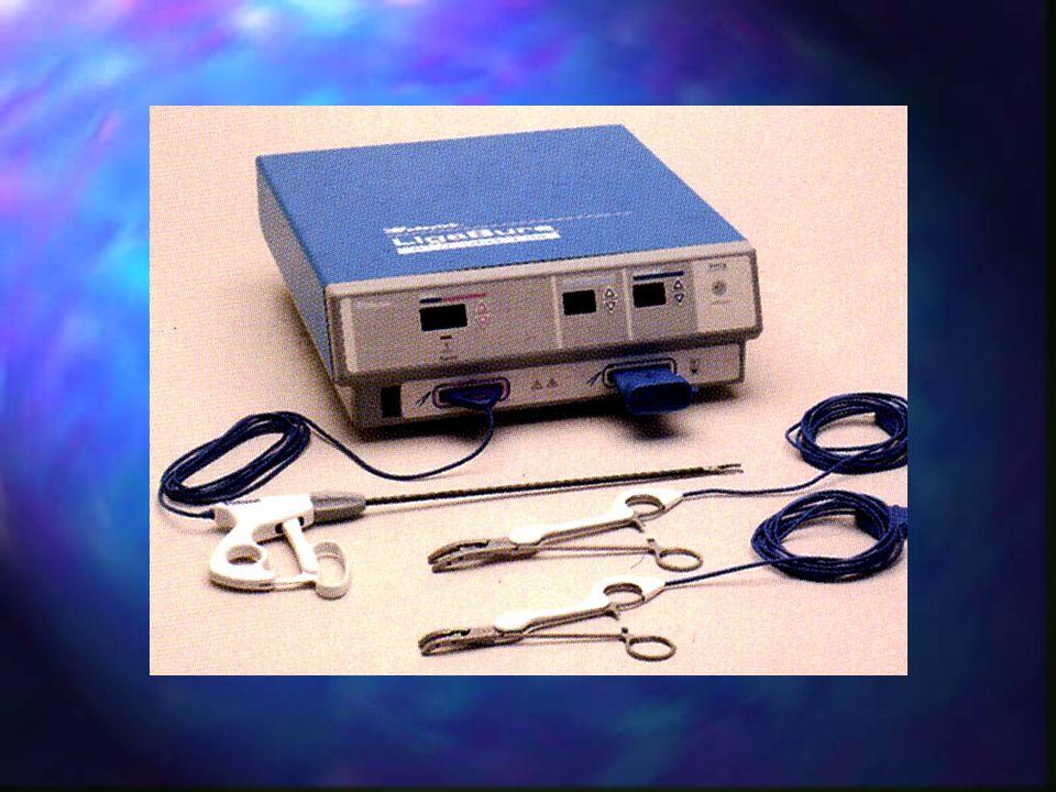 A LigaSure főbb jellemzői n Egyedülálló ér-ellátási technológia, egészen a 7mm érvastagságig n gyors, számítógép által vezérelt, az aktuálisan lefogott szövetelemeknek megfelelő energia-leadás n minimális a környező szövetek hőterhelése n minimális a környező szövetek sérülésnek veszélye n tökéletes érellátás egészen 3x systolés nyomásértékig