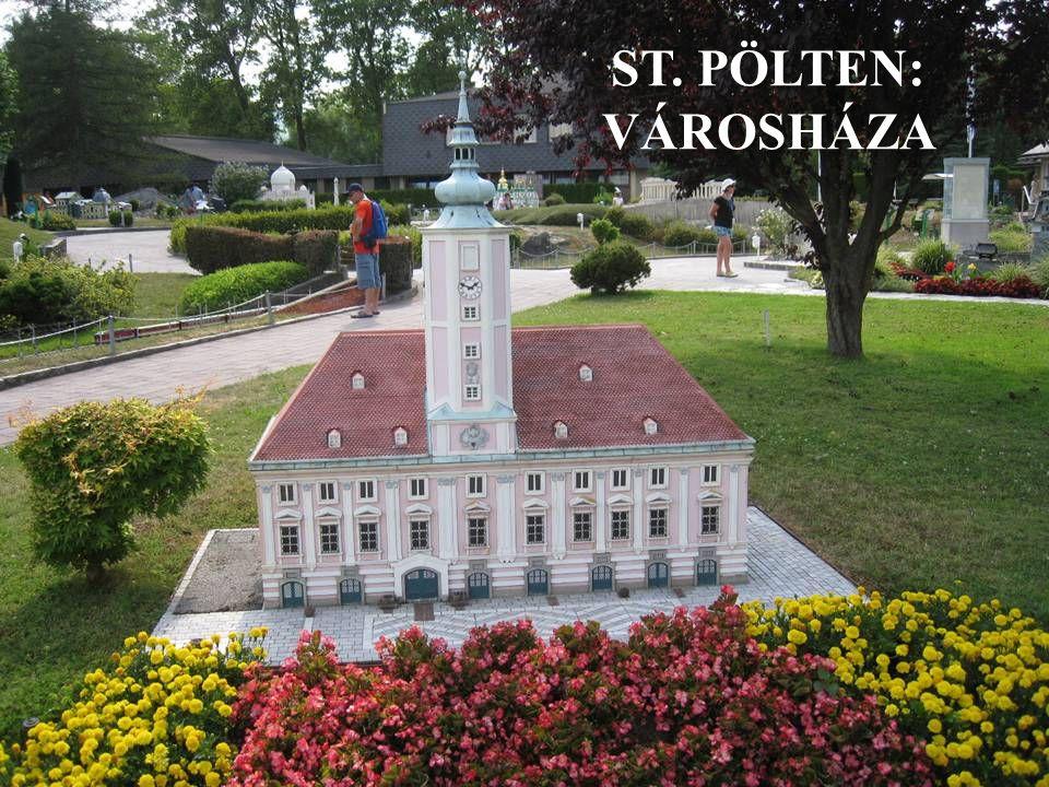 ST. PÖLTEN: VÁROSHÁZA