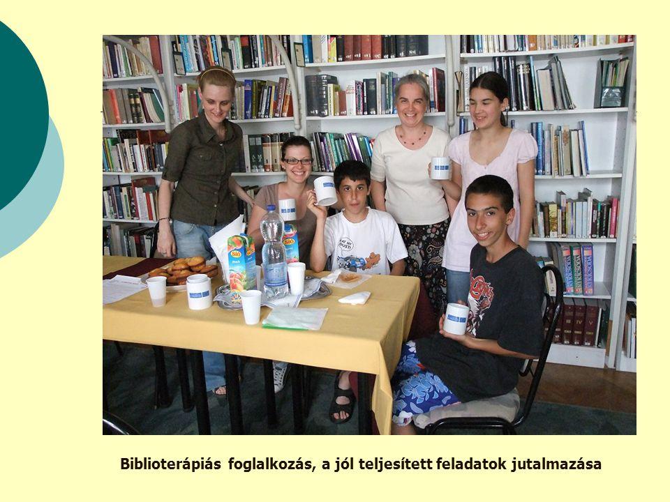 Biblioterápiás foglalkozás, a jól teljesített feladatok jutalmazása