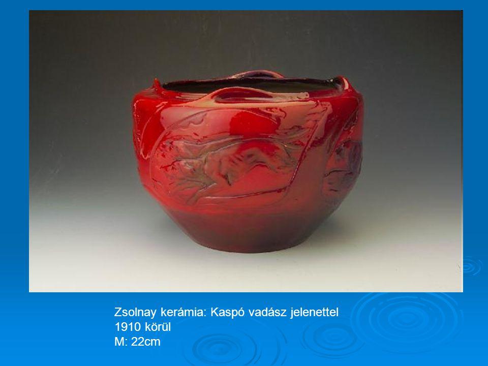 Zsolnay kerámia: Hullámos kis váza 1896-1900 körül M: 8cm