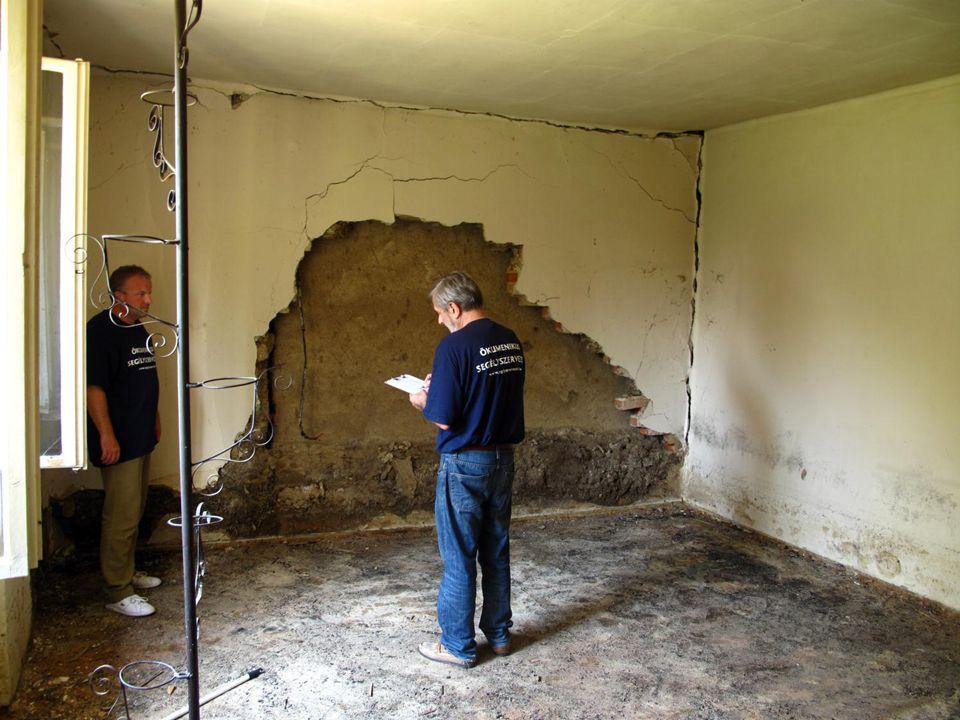 Árvíz – Ócsanálos – Közösségi ház felújítása