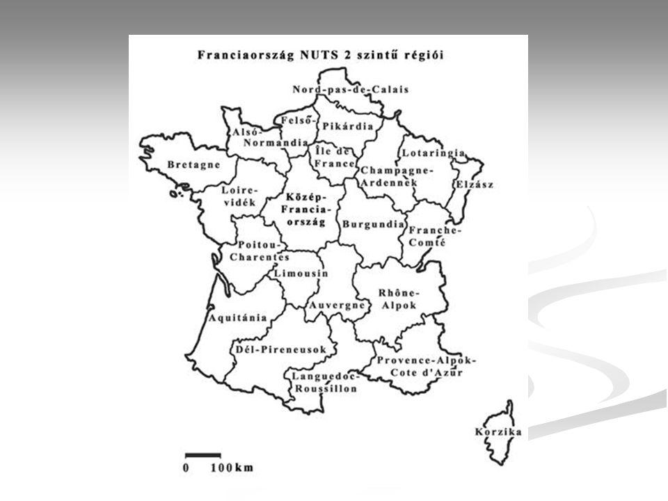 Terület (km 2 ) 551 000 Népesség (fő), népszámláláskor (1990) 56 634 299 Népesség (ezer fő), 199958 886 FővárosPárizs (2 115 757 fő, 1999) Államformaköztársaság Hivatalos nyelvfrancia Pénznem1 francia frank=100 centimes Nemzetiségi összetételfrancia 88,6% német 2,1% breton 1,5% katalán 0,5% olasz 0,3% flamand 0,3% baszk 0,3% egyéb (főleg arab) 6,4% Fő vallásokkatolikus 76% mohamedán 6% protestáns 3% GDP/fő (USD), 199824 739