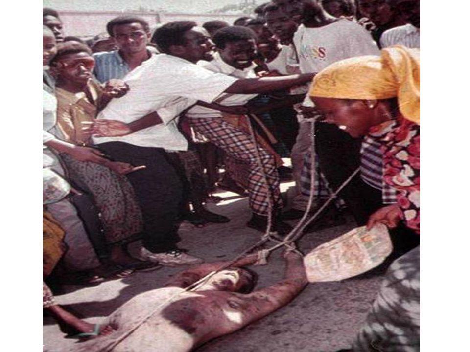 G.) Ruanda: -Az uti possidetis alkalmazása konfliktusokat szül (belga gyarmat) -94' Tuszi lázadók (RPF) Ugandából támadják a Hutu kormányt -94' áprilisában Ruanda és Burundi elnöke repülőgép balesetben meghal -3 hónap alatt 500 ezer- 1 millió Tuszi lemészárlása -94' júliusa az RPF szilárdítja meg a hatalmat -A 93'- ban létesített UNAMIR nem tudja megakadályozni - 95'-ben a ruandai kormány kijelenti, hogy nincs szükség rá, így 96'-ban megszűntetik