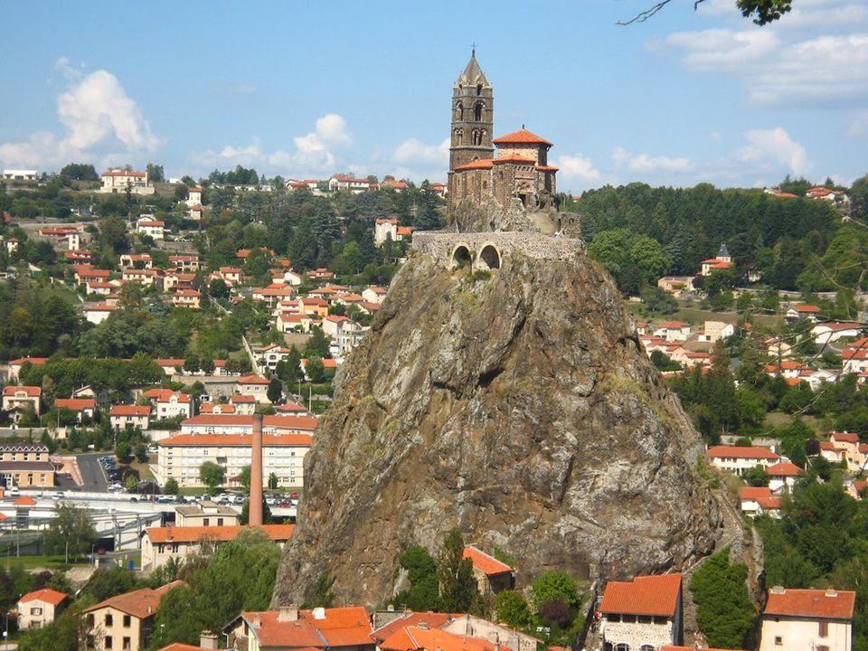 Le Puy en Velay egy festöi városka középkori hangulattal.