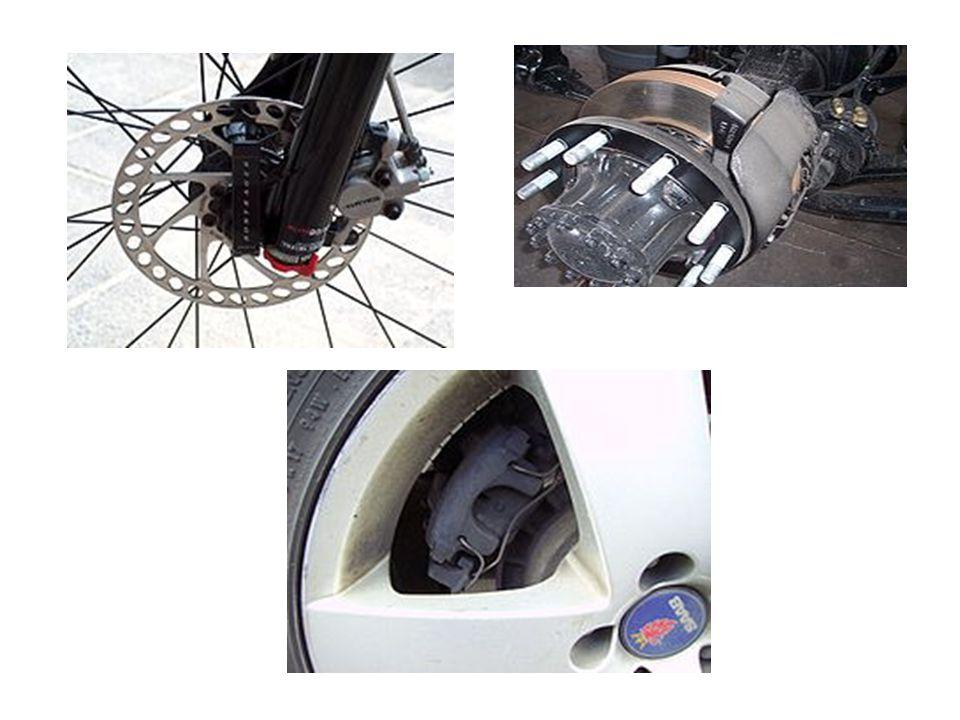 Előnyei A tárcsafék előnyei a dobfékekhez képest:  érzékenysége kicsi és megközelítően állandó értékű,  ismételt fékezéskor a hatásossága kevésbé csökken,  hőhatásra nem deformálódik,  hőelvezetése jobb,  öntisztító,  a kismértékű fékhézag folytán, a fékkésedelem kisebb  gyártás tekintetében egyszerűbb,  a fékbetétek ellenőrzése egyszerűbb  automatikus utánállítás