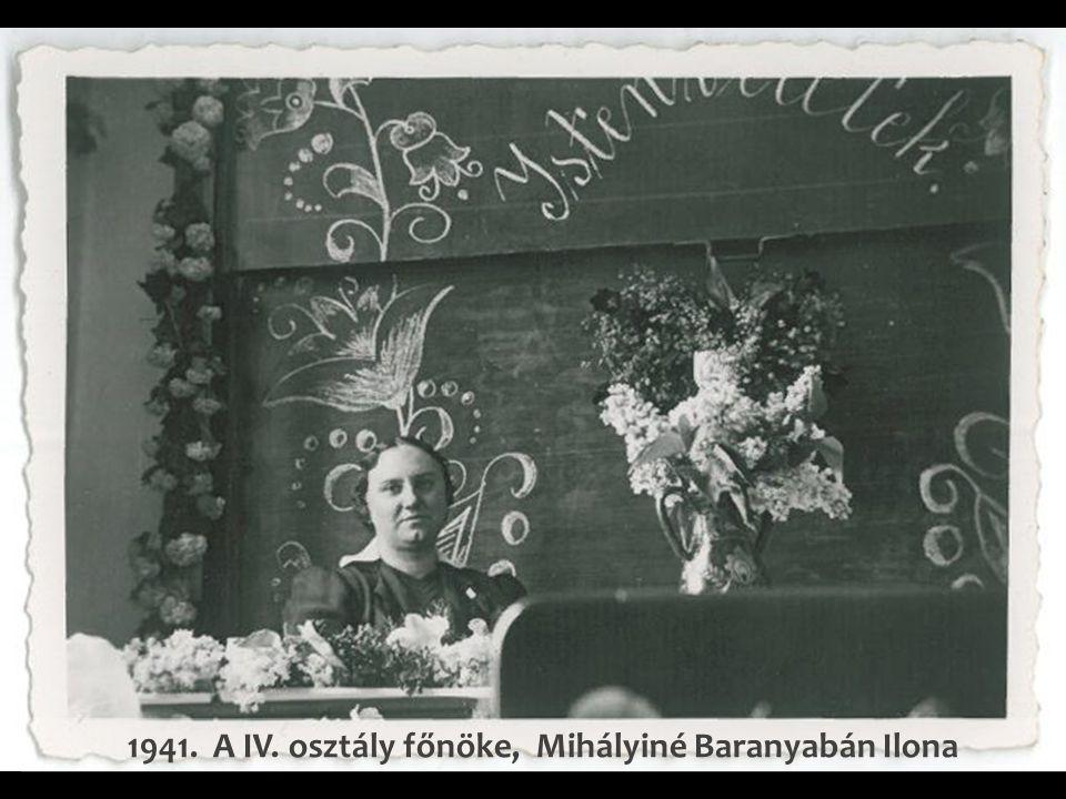 1940. - Tantestület a Mária utcában