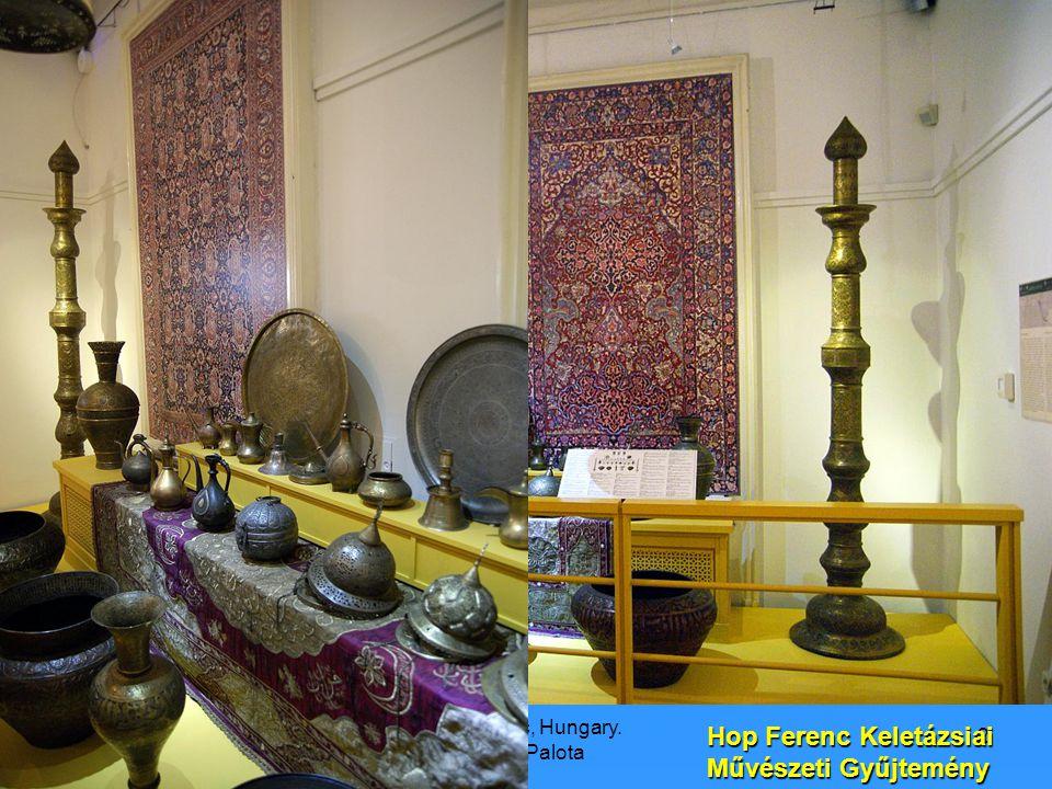 9/21/2008 Hop Ferenc, Hungary. Károlyi Palota 3 Ez egy nyakba való medál, mérete kb:6x4 cm Kína