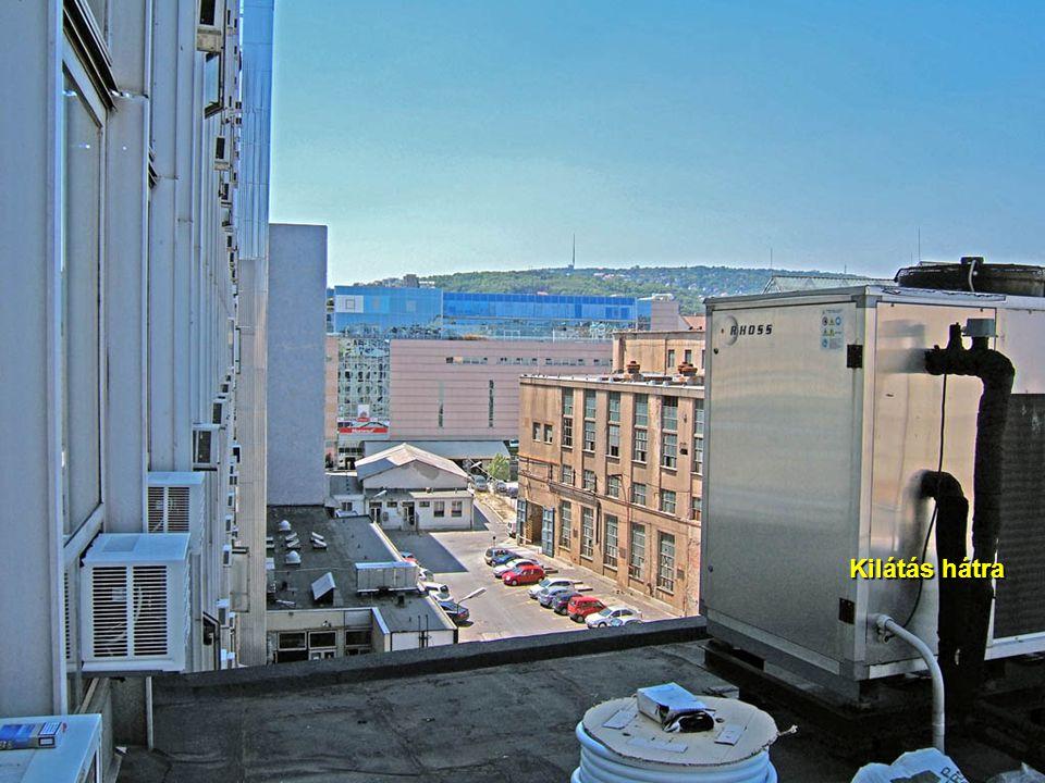 2007.08.31.Szedő Iván6 Kilátás a 8. emeletről Sör, sajnos csak a szomszéd háztetőn van.