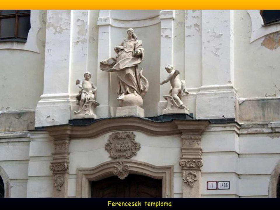 Ferencesek temploma, 1272-ben IV. ( kun ) László királyunk építtette